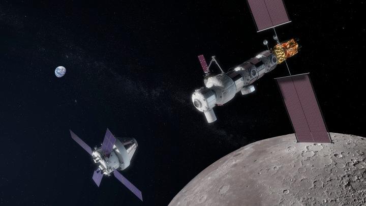 Lunar_Orbital_Platform-Gateway_with_approaching_Orion_spacecraft.jpg